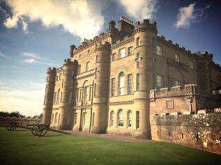Culzean Castle, photo by MaraudingJJ. Copyright.