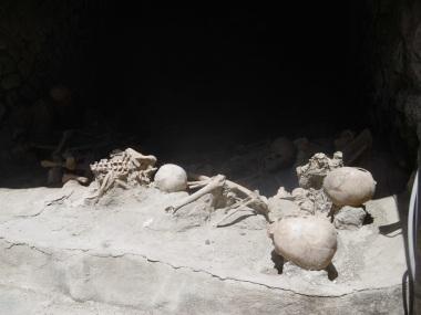 Victims of Vesuvius, 79AD